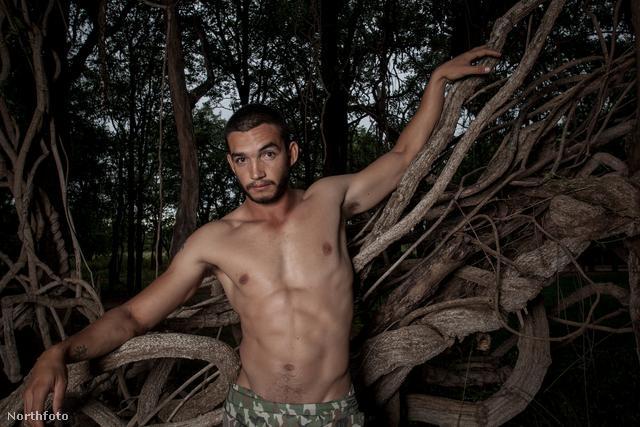 A szeptemberi modell: James Lourens
