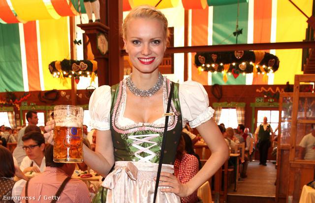 Franziska Knuppe az Oktoberfesten