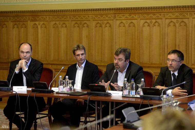Egyeztetés a régészeti szabályozásról a Parlamentben