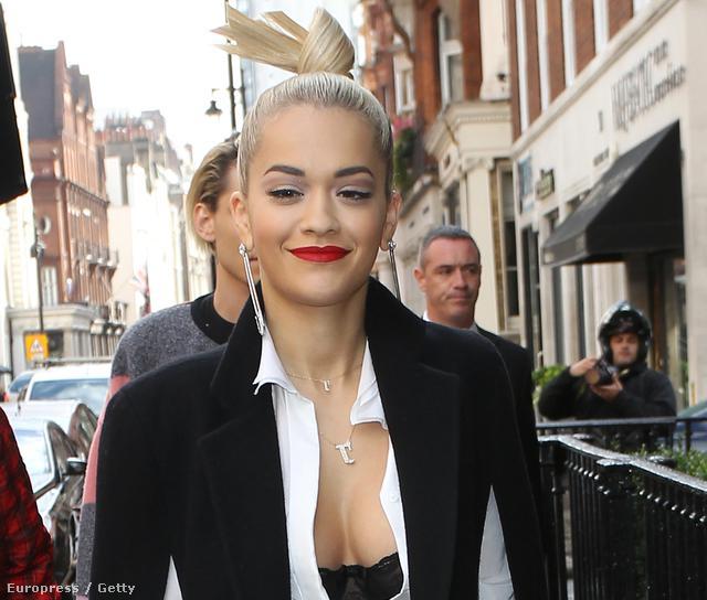 Rita Ora egy átlagos, októberi hétköznap estén Londonban