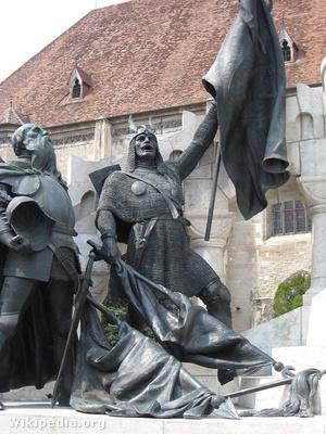 Kinizsi szobra Kolozsváron