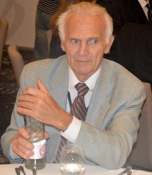 Dr Kausz István