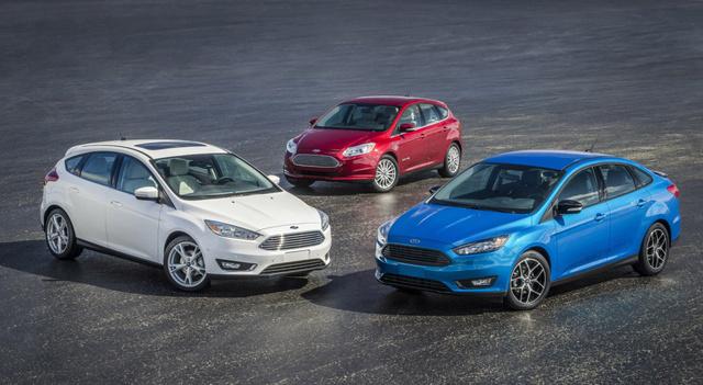 A Ford Focus legkisebb választható motorja mindössze ezer köbcentis, háromhengeres. A downsizingnak, vagyis motorméret-csökkentésnek nevezett jelenség a teljes kompakt kategóriában általános