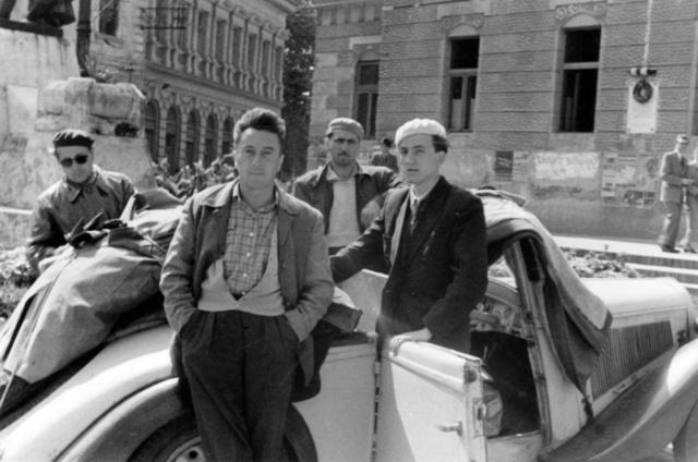A háború utáni első kocsiját, egy Adlert Svájcban vásárolta 1946-ban