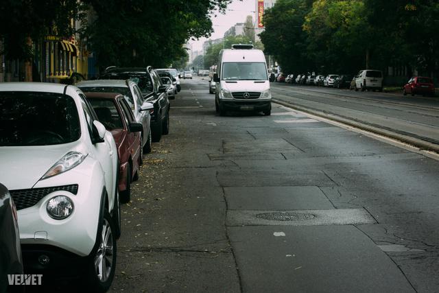 Fehérvári út