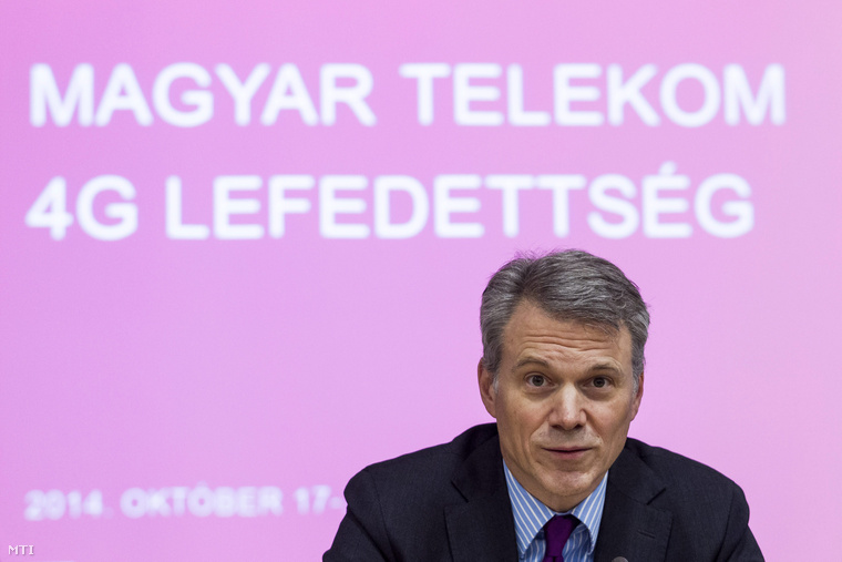 Christopher Mattheisen a Magyar Telekom vezérigazgatója a Nemzeti Média- és Hírközlési Hatóság (NMHH) és a Magyar Telekom közös sajtótájékoztatóján az NMHH fővárosi székházában 2014. október 17-én.