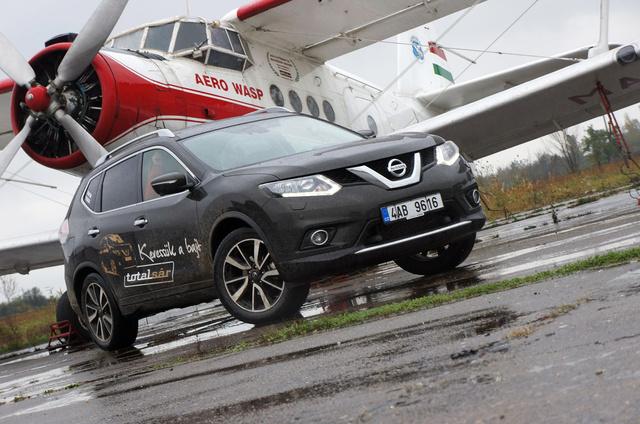 Az egységes Nissan-arc kicsit megkavarja az embert. Kiderült, hogy én már Budapesten is láttam idén ilyen új X-Trailt, de mindig azt hittem, hogy Qasqai