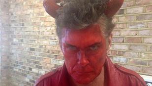 Hasselhoff ördögjelmezben égeti magát
