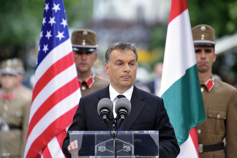 Orbán Viktor Ronald Reagan szobrának átadásán 2011-ben