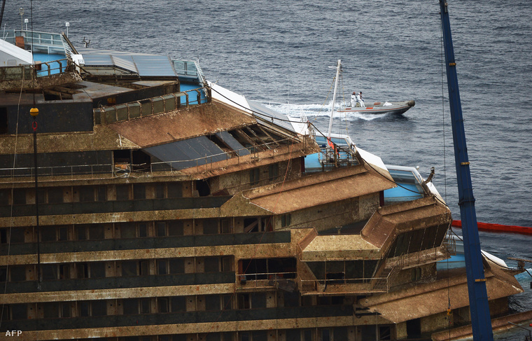 A Costa Concordia 2013. szeptember 17-én