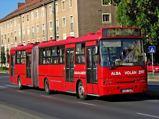Az itthon maradt C83.31 már átalakított ajtókkal (fotó: fotobus.msk.ru)