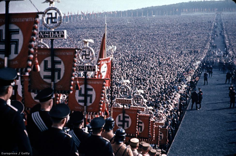 Hálaadás napi fesztivál az Emberek Utcáján, 1937-ben