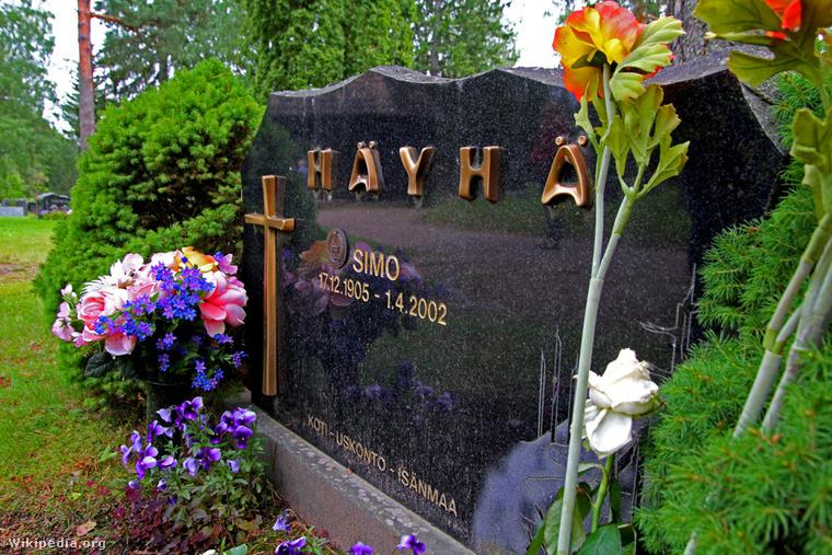 Simo Häyhä's grave