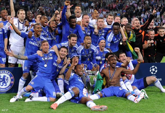 Andre Villas-Boas munkája után még rontott Roberto Di Matteo a bajnokságban a Chelsea-vel, de a drámai BL-döntővel mindent feledtetett