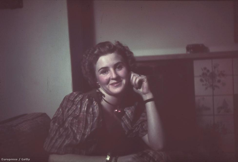Eva Braun portréja, ami valamikor a 30-as évek végén készült otthonukban