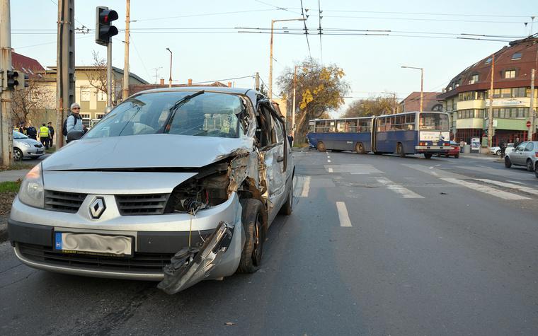 Fogarasi - Vezér út baleset 1