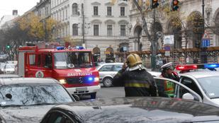 Megbilincselték a rablók az Andrássy úti órabolt alkalmazottait
