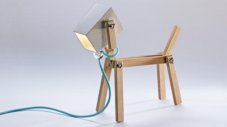 luminose-a-fa-asztali-lámpa-amit-te-kreálsz 00