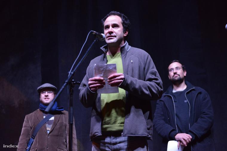 Várady Zsolt a netadó elleni tüntetésen október 31-én