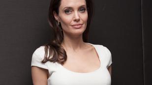 Angelina Jolie meglepően egészségesnek néz ki