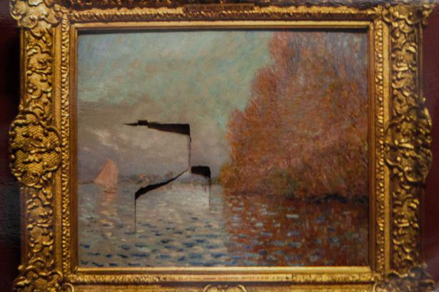 Damage-Claude-Monet-cx1