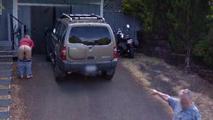 Seggel viccelték meg a Street View kocsiját