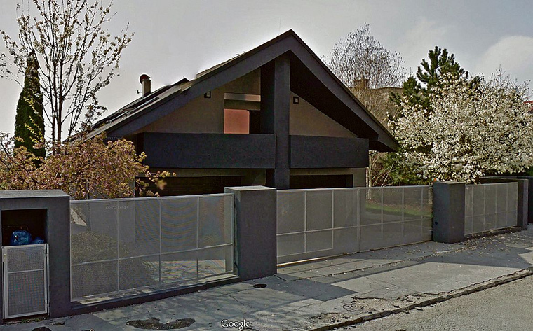 rezesova villa