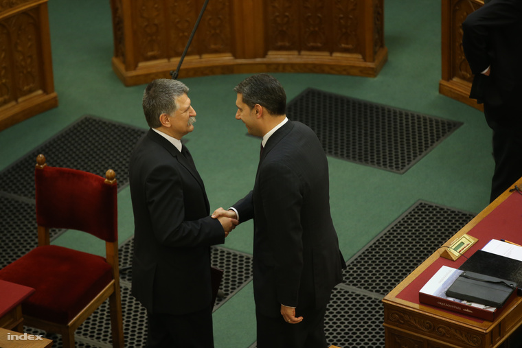 Kövér László és Lázár János az Országgyűlés alakuló ülésén a Parlamentben 2014. május 6-án.