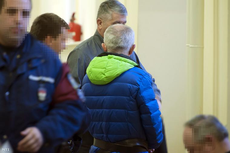 A Portik-ügy egyik tanújaként is ismert Radnai László akit csalással és orgazdasággal gyanúsítanak