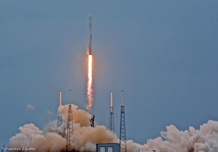 SpaceX Falcon-9R rakéta rajtja áprilisban