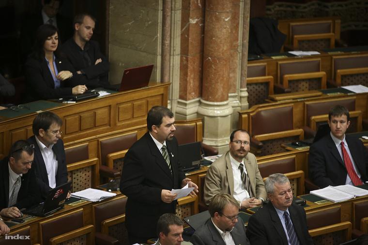 Szávay István a Parlamentben