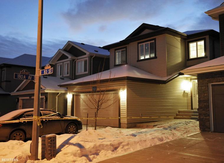 A ház Edmontonban, ahol hét holttestet találtak, 2014. december 31-én.