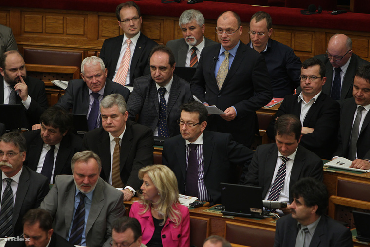 Tiffán Zsolt a parlamentben (2012.)