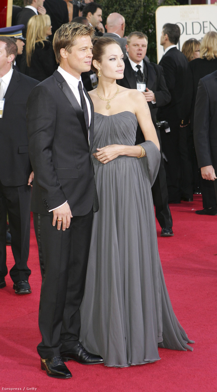 Amióta együtt mutatkoznak, mindig úgy festenek, mint egy esküvői tortadísz (leszámítva Jolie ruhájának színeit).