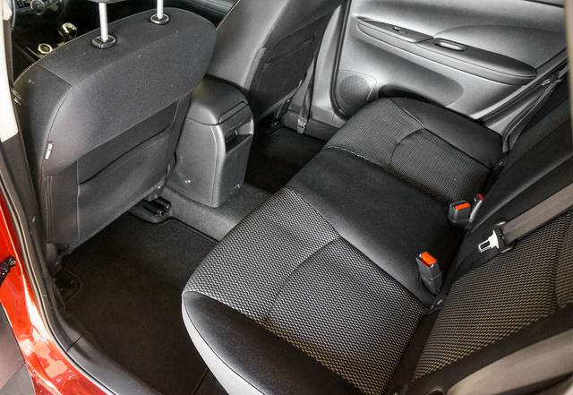 Az Audi A6 szűkölve a sarokba állhat, itt orkok és trollok is elférnek. Akár vegyesen is.
