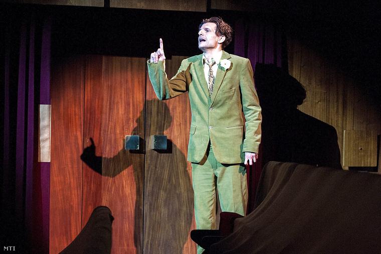Pingiczer Csaba Keszeg szerepében William Shakespeare A windsori víg nők című vígjátékának próbáján a Győri Nemzeti Színházban 2014. szeptember 23-án.