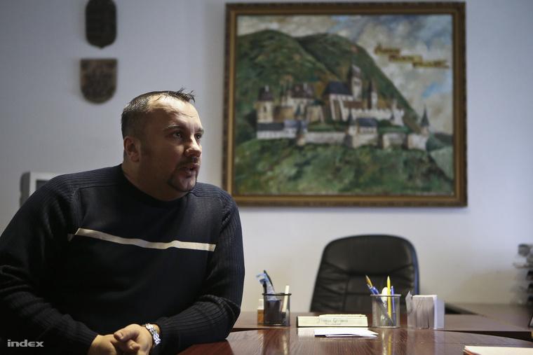 Csókakő polgármestere, Fűrész György