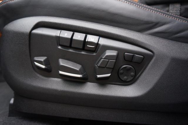 A feláras komfortülés a BMW nagy erénye, mindenben kedveltem.