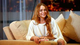 Lindsay Lohan csizmájában csak ülni lehet