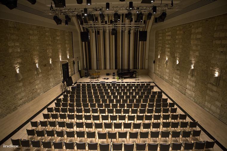 A nagyrészt magántőkéből létrehozott Budapest Music Center is a jelöltek között van