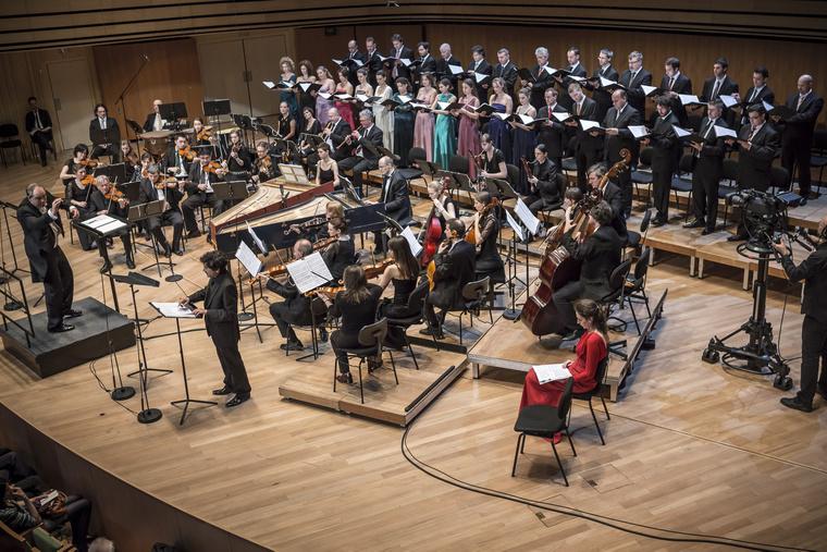 Vashegyi György az Orfeo Zenekar és a Purcell Kórus élén