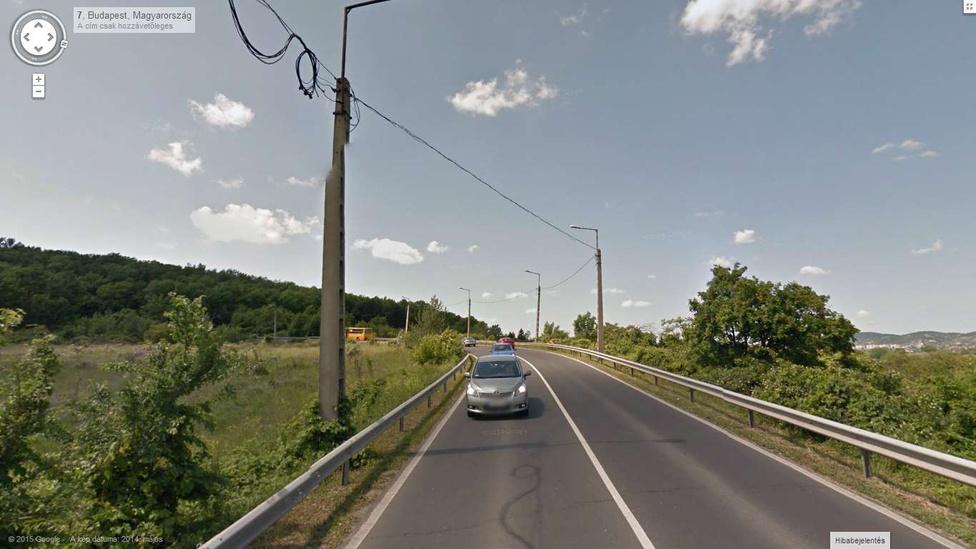 Ez is ritkaság: egy főút, ami csak szebb lett az idő múlásával. Sőt, olyan szép, hogy egy szavazáson tavaly Magyarország legszebb útjának választották.                          http://www.automotor.hu/hirek/a-velence-fele-tarto-7-es-ut-magyarorszag-legizgalmasabb-autos-utvonala-584311