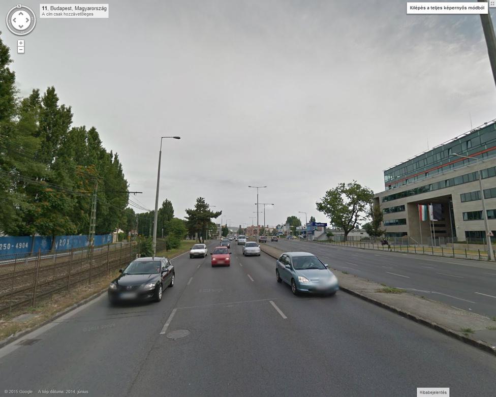 Balra a HÉV-sím, úgy mint régen, és az itt lakásra alkalmatlan városi autópálya.
