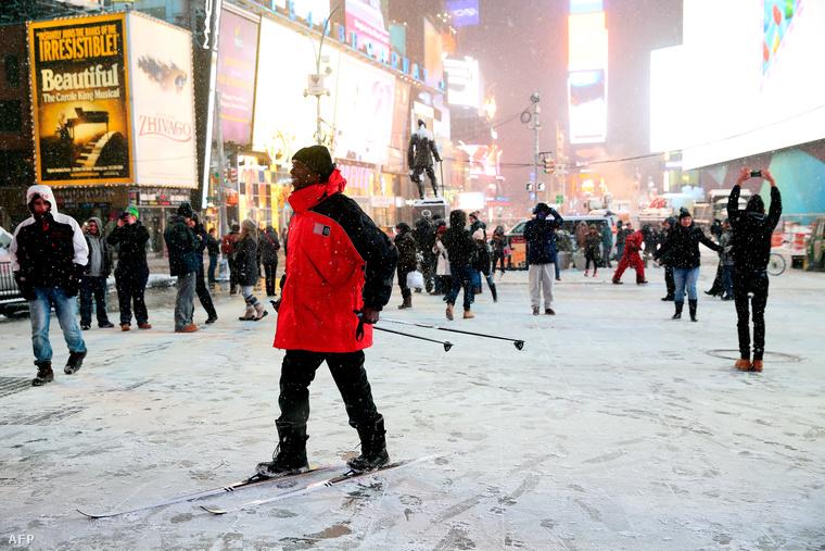 Síléccel a Times Square-en