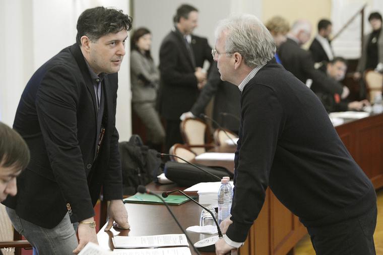 Szentgyörgyvölgyi Péter és Pokorni Zoltán a szerdai közgyűlésen