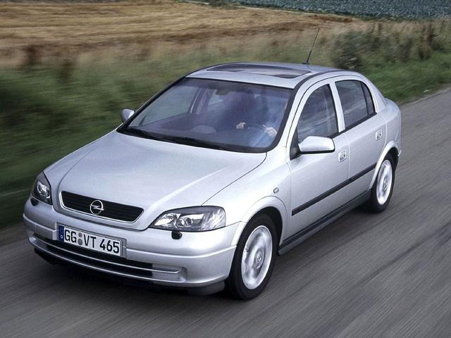 Az Opel Astra G az ajánlható használt autók egyike. Itthon is elég sokat eladtak belőle és nem olyan kivénhedt még, mint az első szentgotthárdi típus