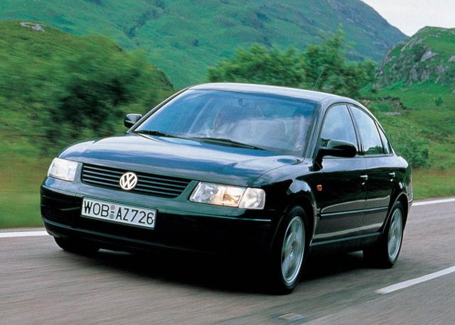 Böhöm nagy Volkswagen, lehetőleg dízelmotorral, kétmillió forint alatt. Sok magyar autóvásárló álmodni sem szokott jobbat. Ezért rengeteg ilyen Passat érkezik kintről, de nagy hányaduknak százezrekkel tekerik vissza a kilométerszámlálóját. A lebukás esélye nulla