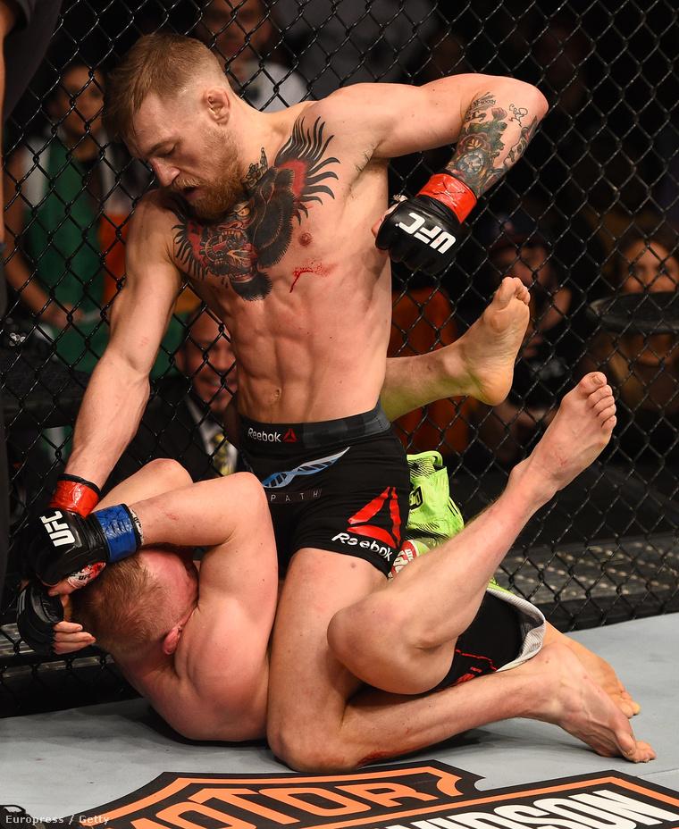 Conor McGregor itt pedig püföli ellenfelét