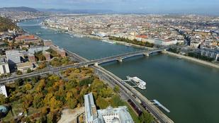 Megint románul írják a Dunát Budapesten
