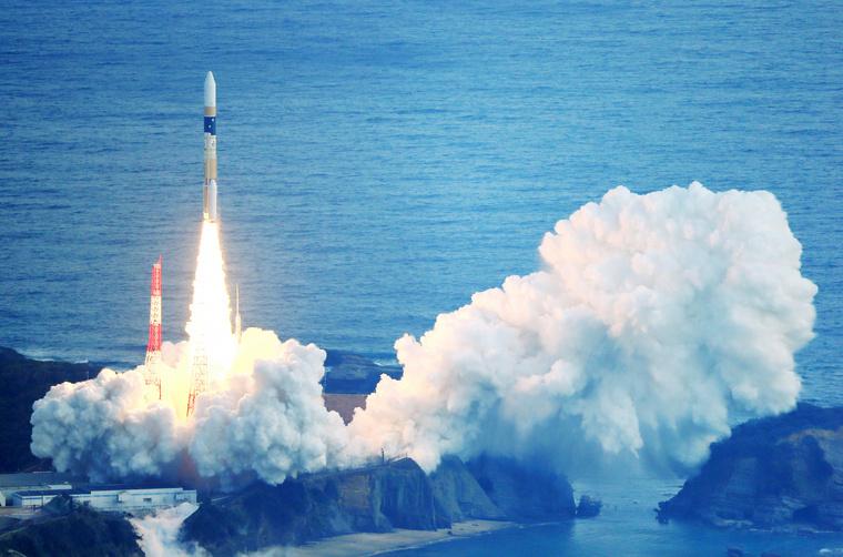 Japán műholdhordozó rakéta startja